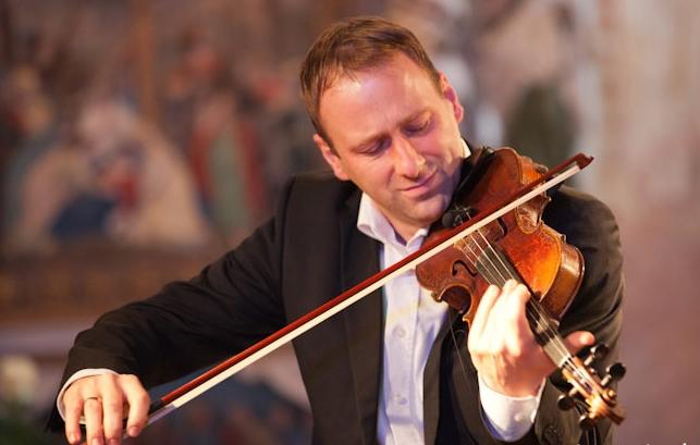 Neujahrskonzert 'Erklingen zum Tanze die Geigen'